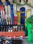 Narty/deski/buty/kaski/kijki narciarskie